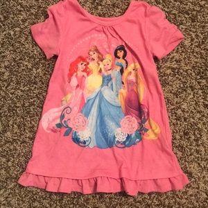 Disney princess T-shirt with ruffle hem
